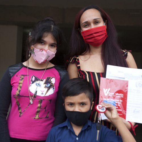 Gobierno Bolivariano a través de la GMVV entregó 151 apartamentos en Urbanismo Ciudad Tiuna